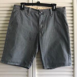 Like New Levi's Green 5 pocket Shorts SZ 12